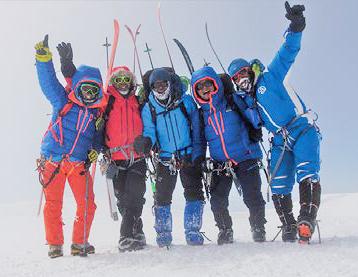 山岳スキー国際山岳ガイド 佐々木大輔さん デナリ山頂での集合写真