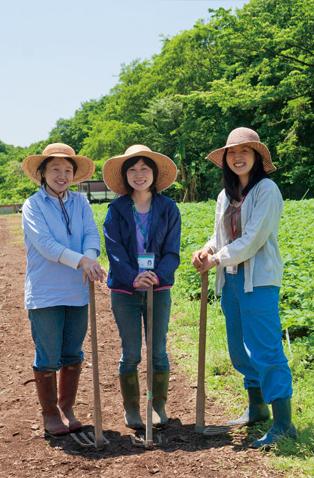 恵泉女子学園大学の教育農場でパチリ