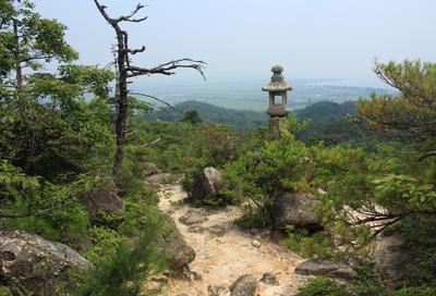 リトル比良 道中、琵琶湖を望むこともできる、展望のよい低山だ