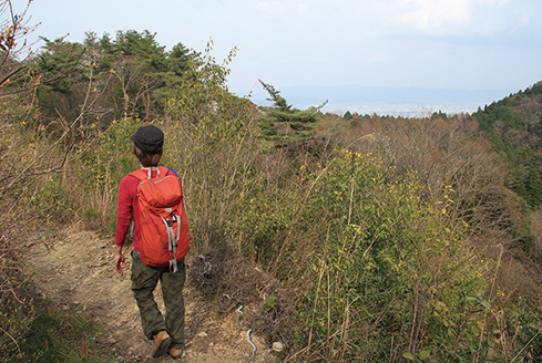 ポンポン山 東海自然歩道が通るポンポン山