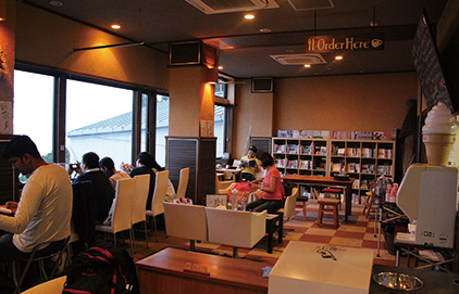 六甲山上周遊 カフェ「摩耶ビューテラス702」