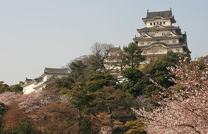 とんがり山 歴史「姫路城」
