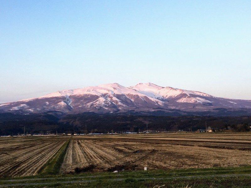 山形県 二ノ滝は鳥海山の麓にある
