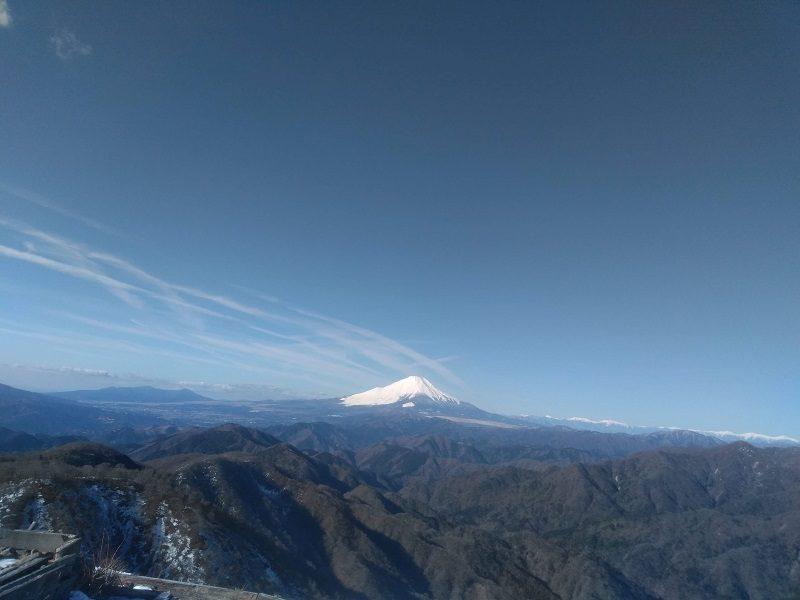 丹沢・山頂からの眺め