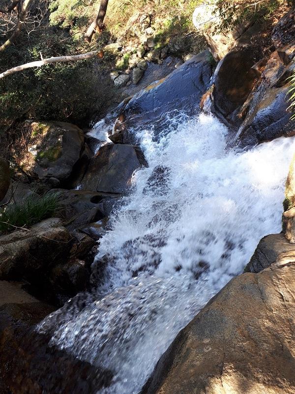 二条岳 明神の滝